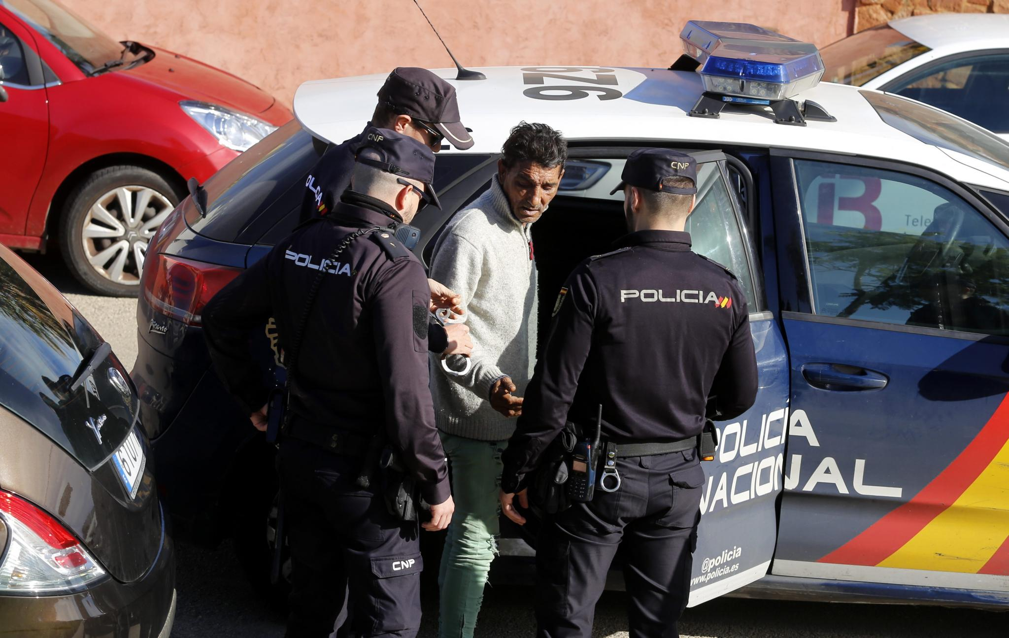 A man has been arrested for allegedly setting alight to a woman in Palma