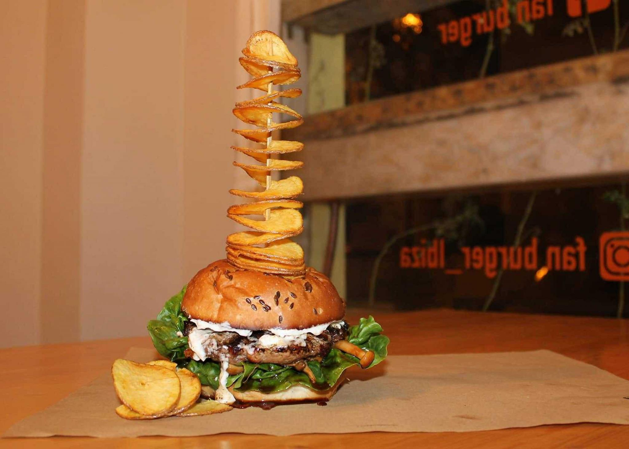 The traditional burger by Fan Burger, Ibiza