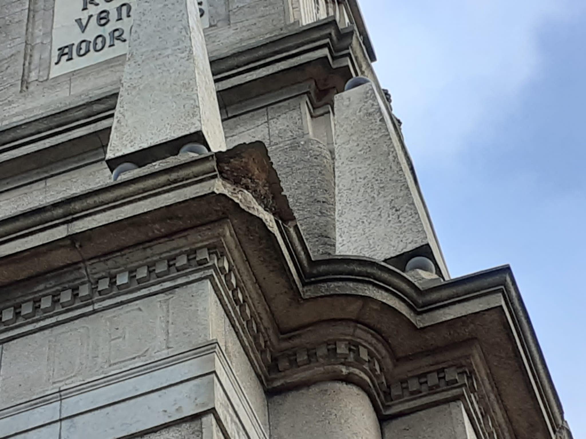 FELANITX. PATRIMONIO. El temporal daña el monumento de Crist Rei en Sant Salvador,
