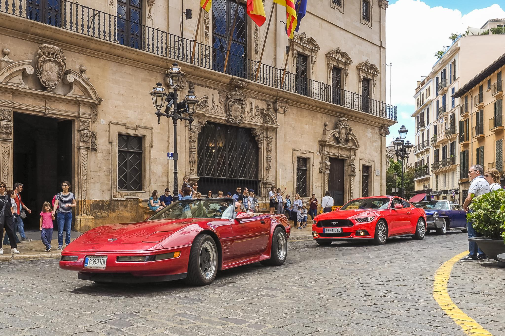 Cruising through Plaça Cort in Palma