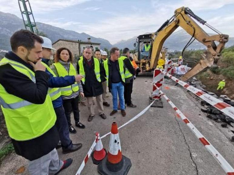 Works being carried out on the Soller to Fornalutx road