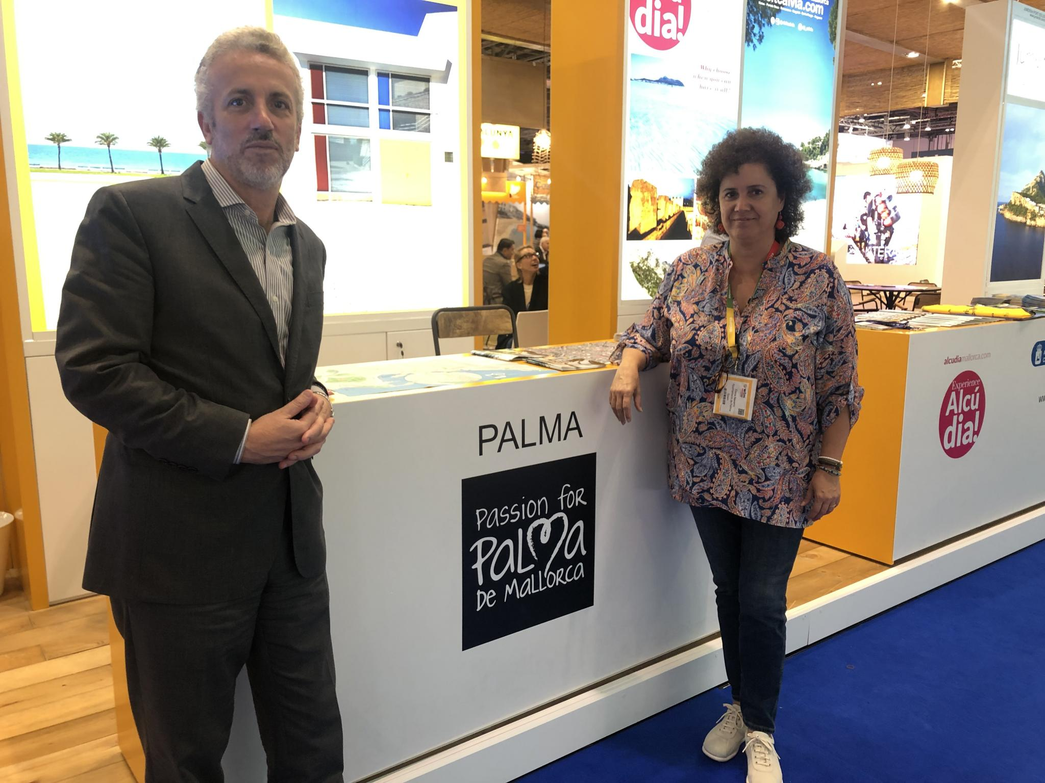 Pedro Homar together with Elena Navarro at the Balearic stand