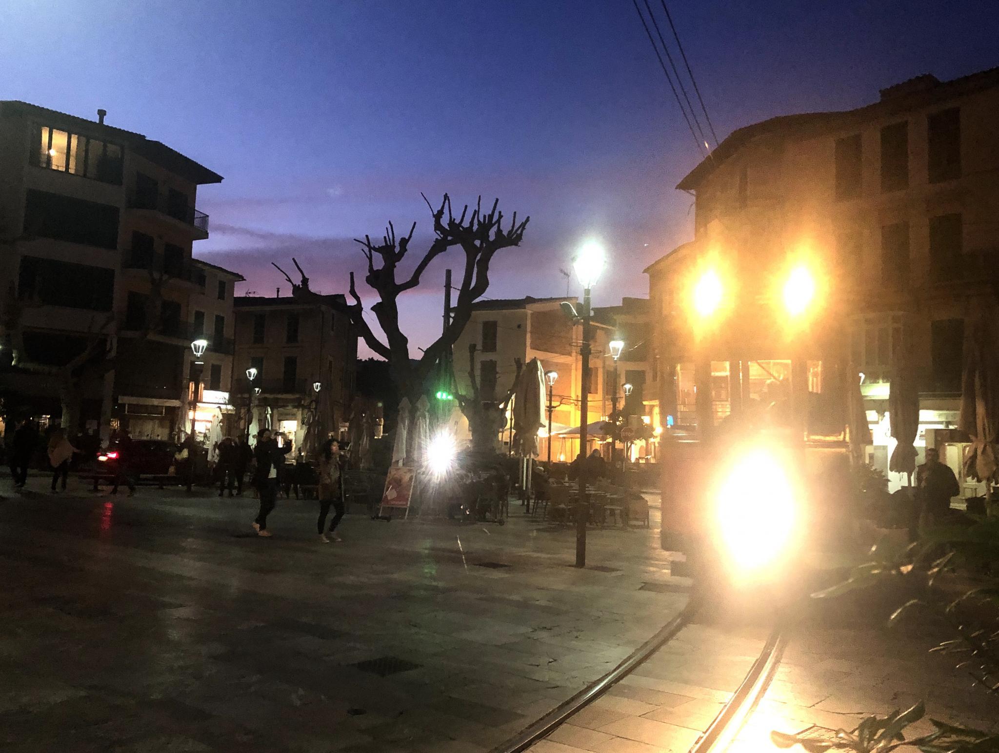 Soller tram crosses the plaza