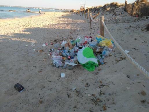 Tourists Complain About Majorca Beaches
