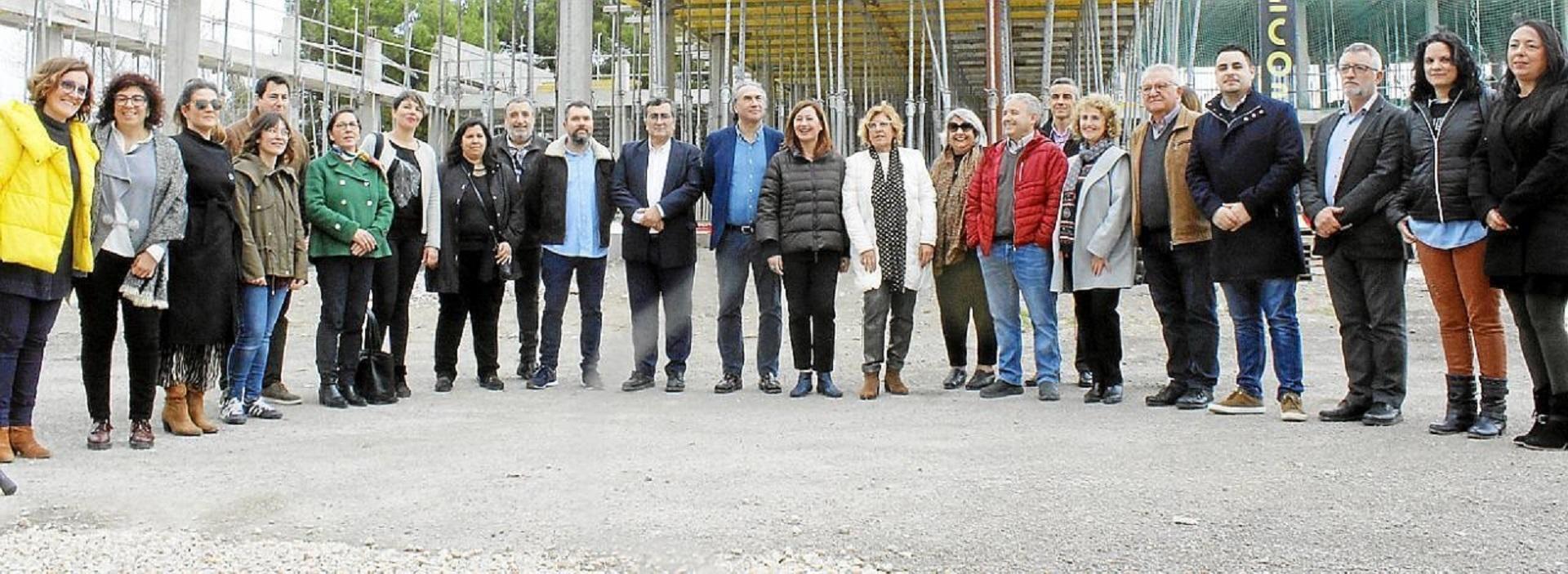 Ajuntament de Pollença at the school site.