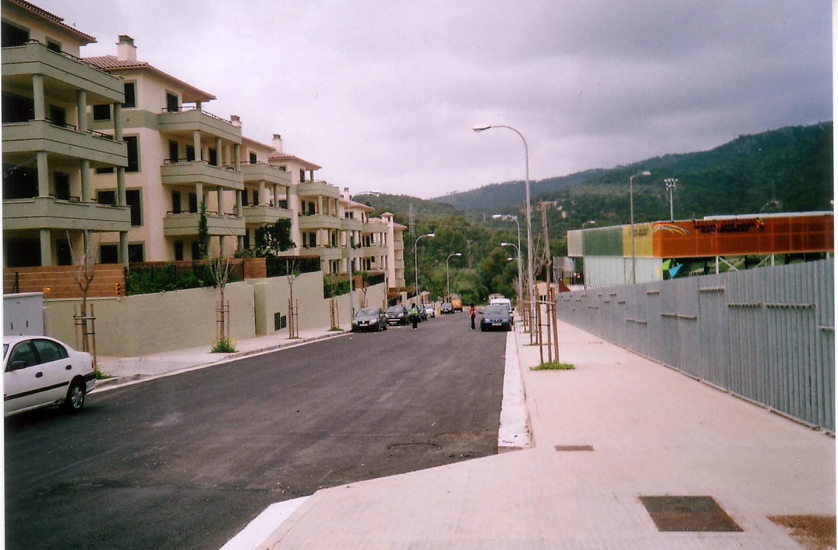 The street Calle Adolfo Vãzquez Humasque