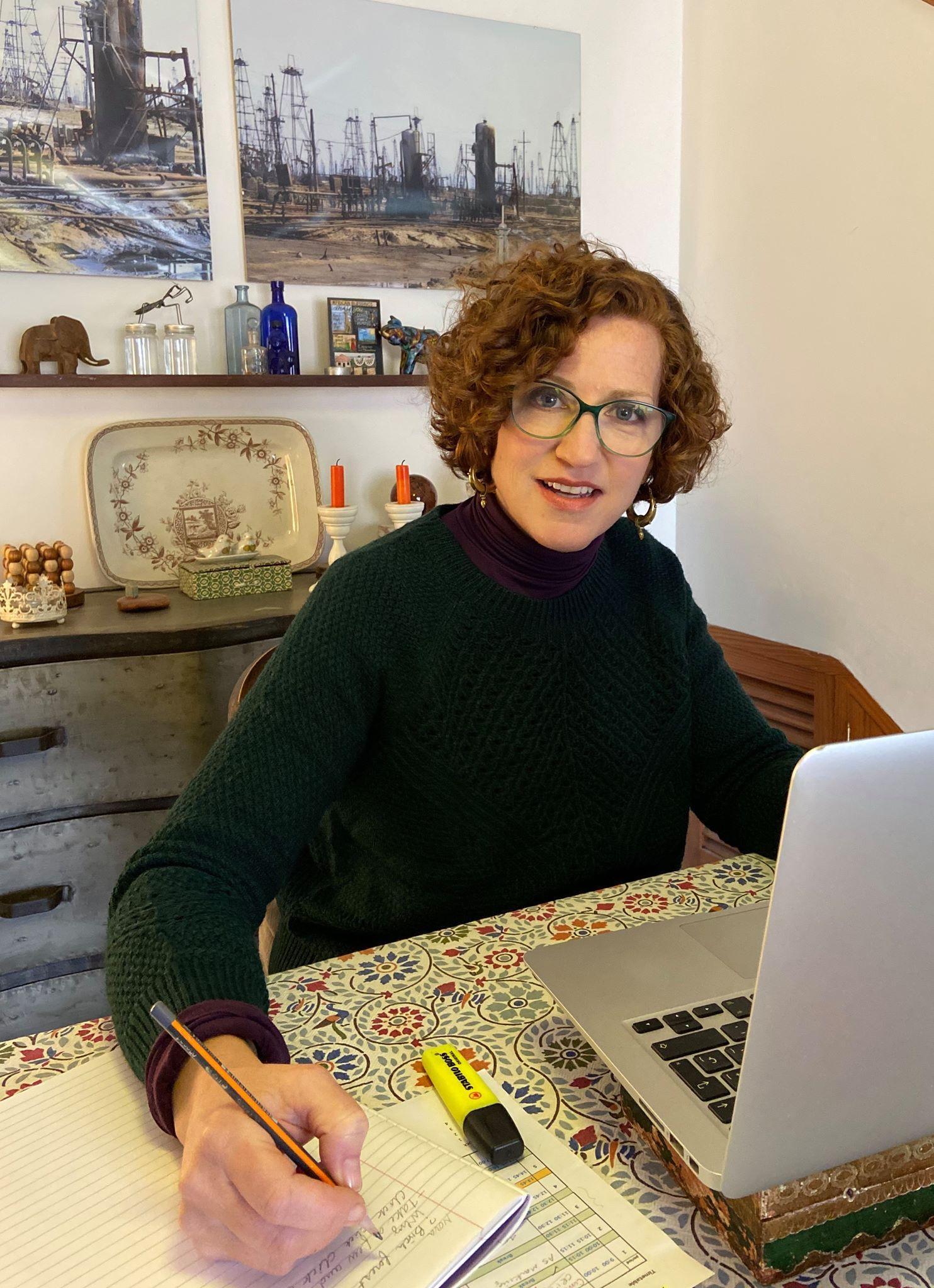 Art teacher Lawrie teaching her Palma College students