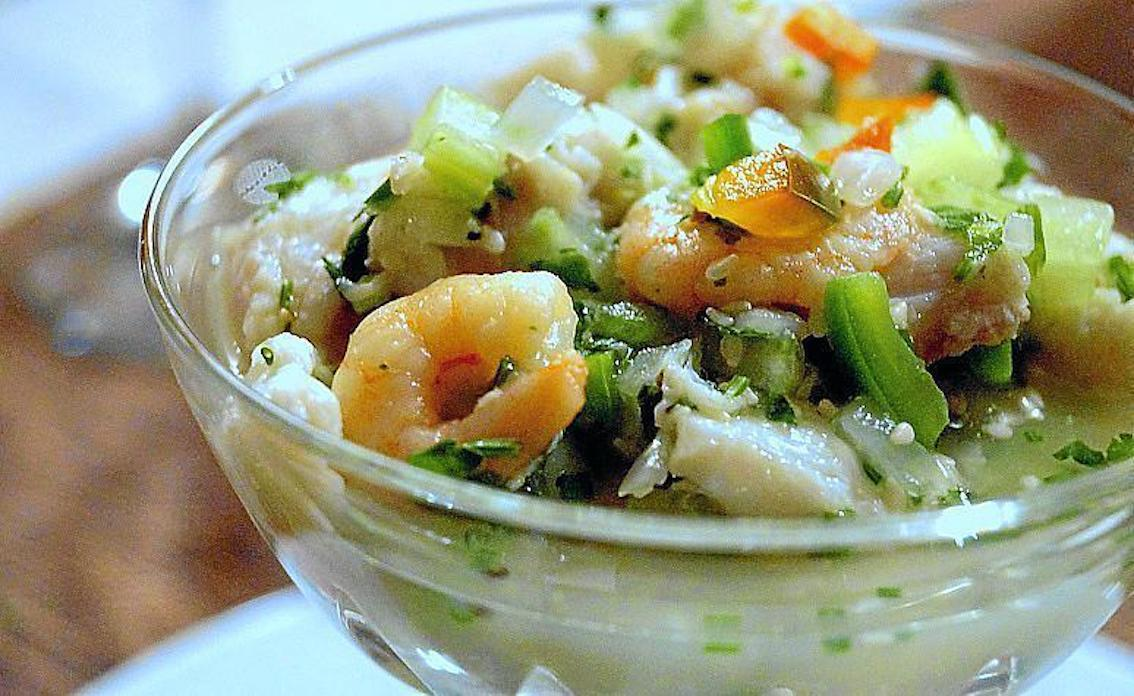 Rice with shrimp and coconut