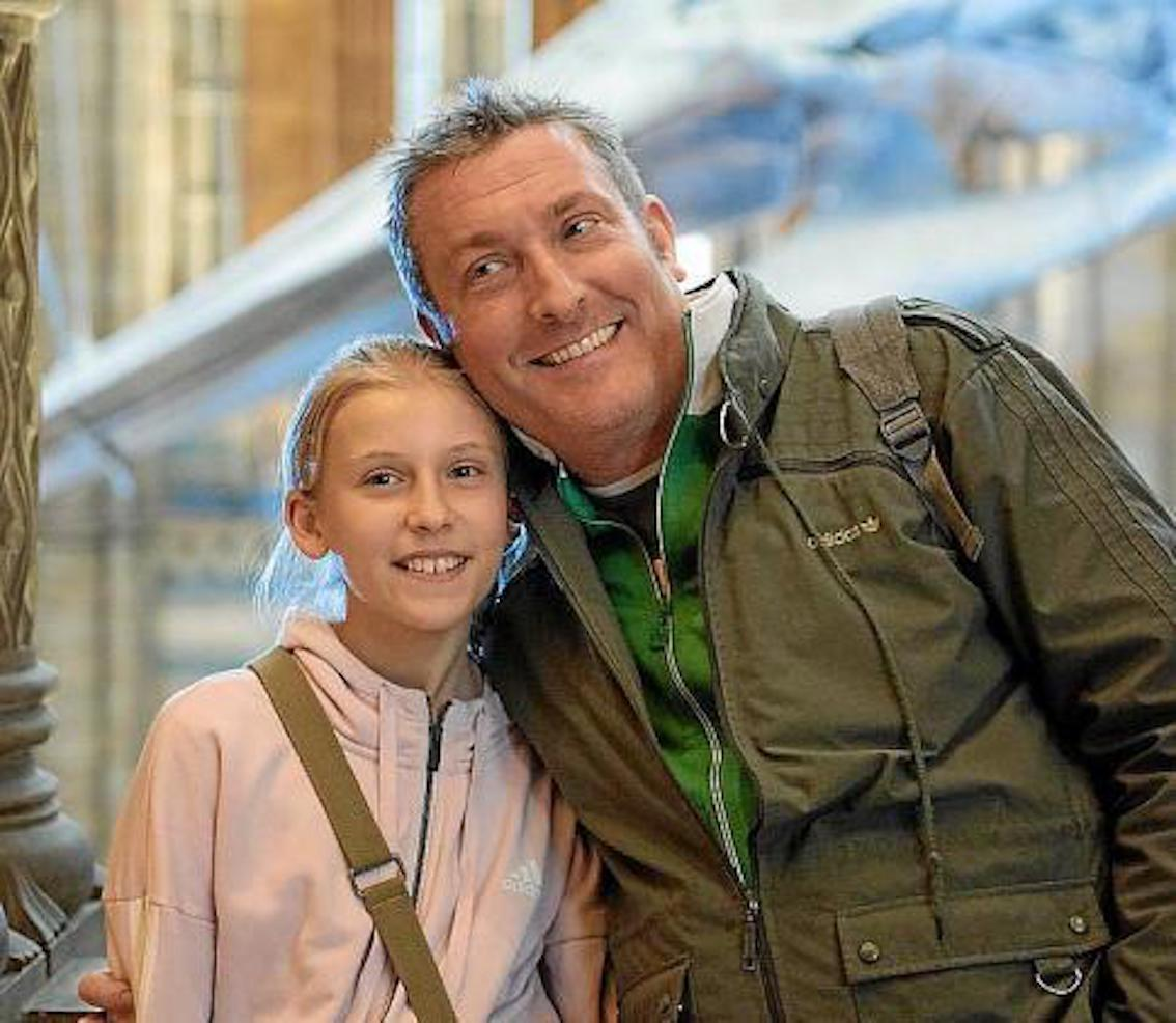 German national Alex Schütz & daughter Lily.