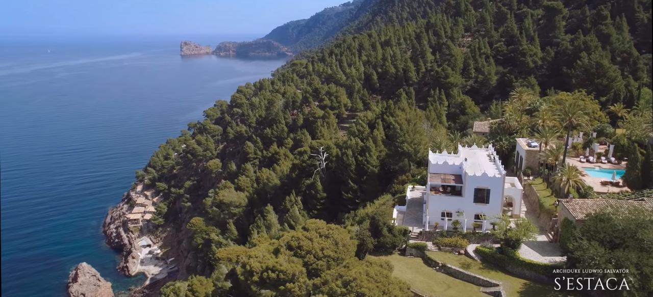 s'Estaca Estate, Majorca owned by Michael Douglas.