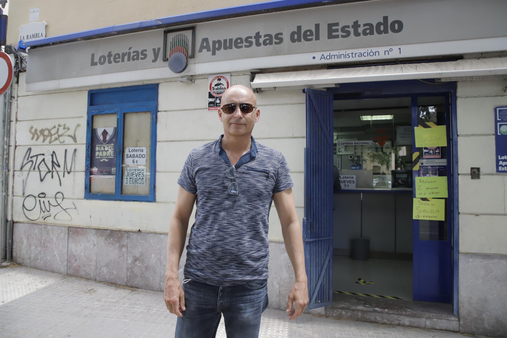 Palma reabren las adminitraciones de loteria foto Miquel A Ca