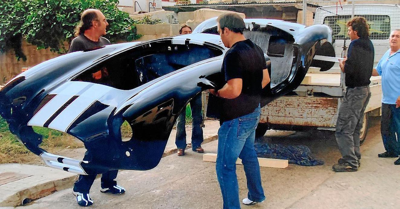 Juan, his father & friends with the body of the Cobra Convertible.