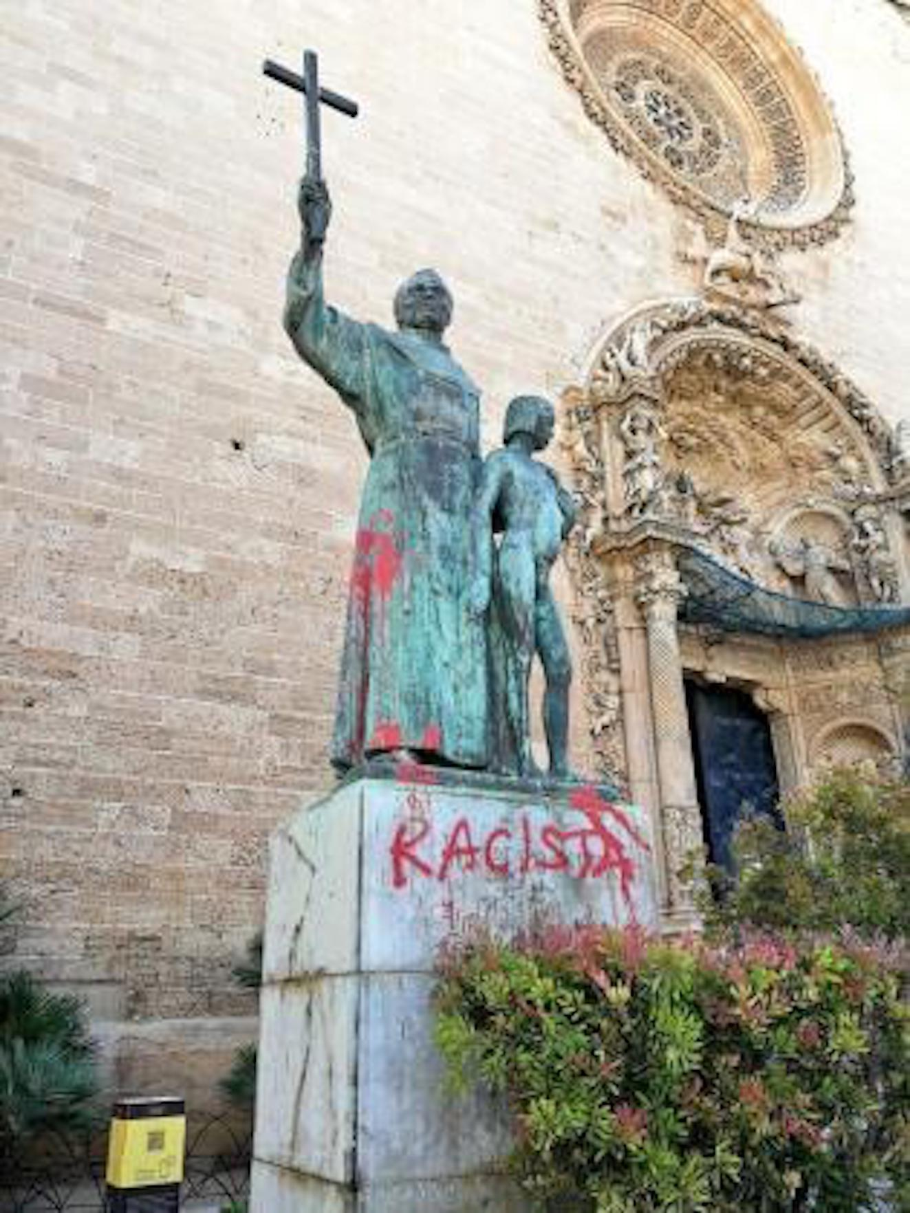 Junípero Serra statue in Palma.
