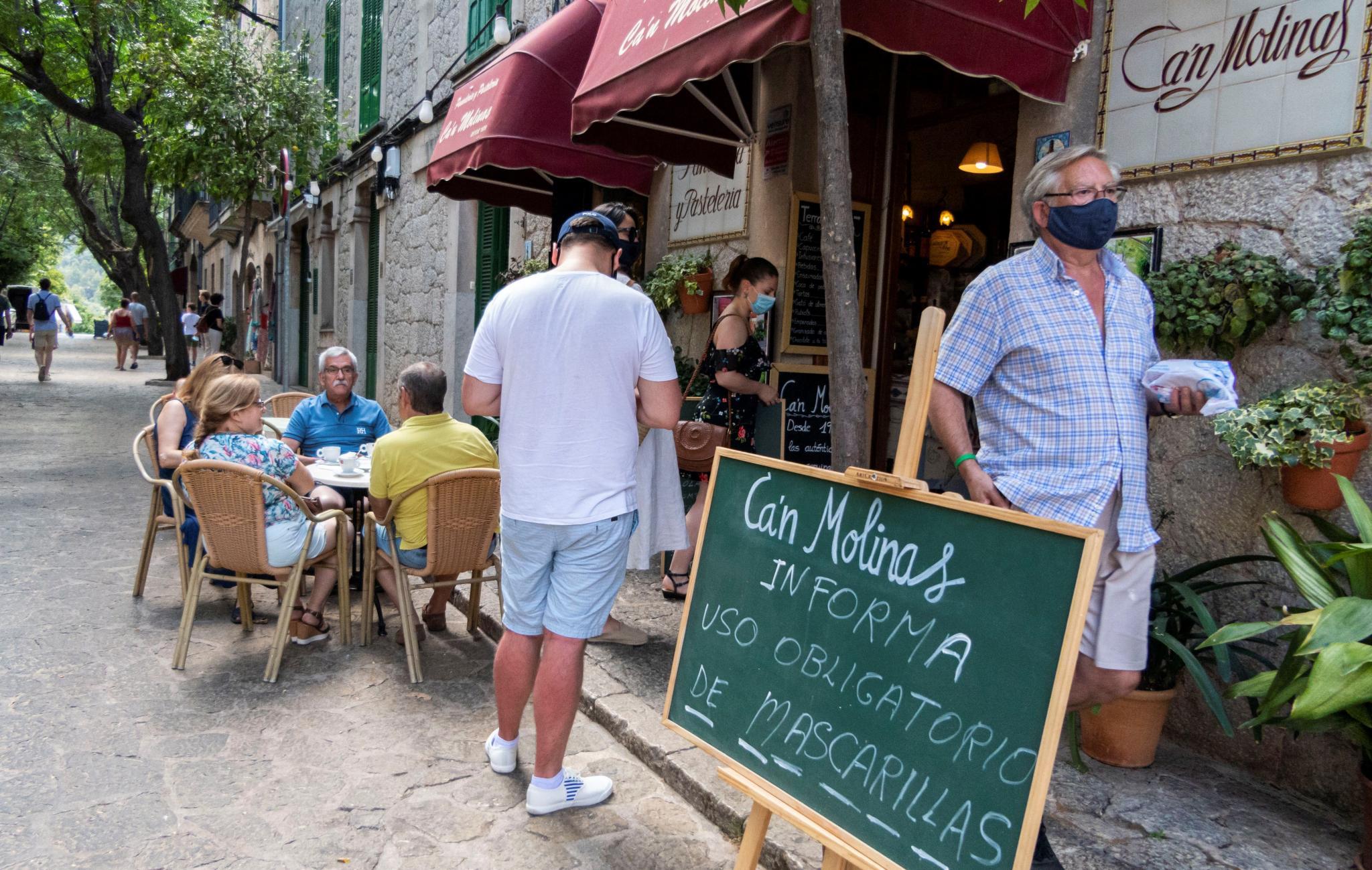 Baleares obligará a usar mascarilla en los espacios públicos salvo playas