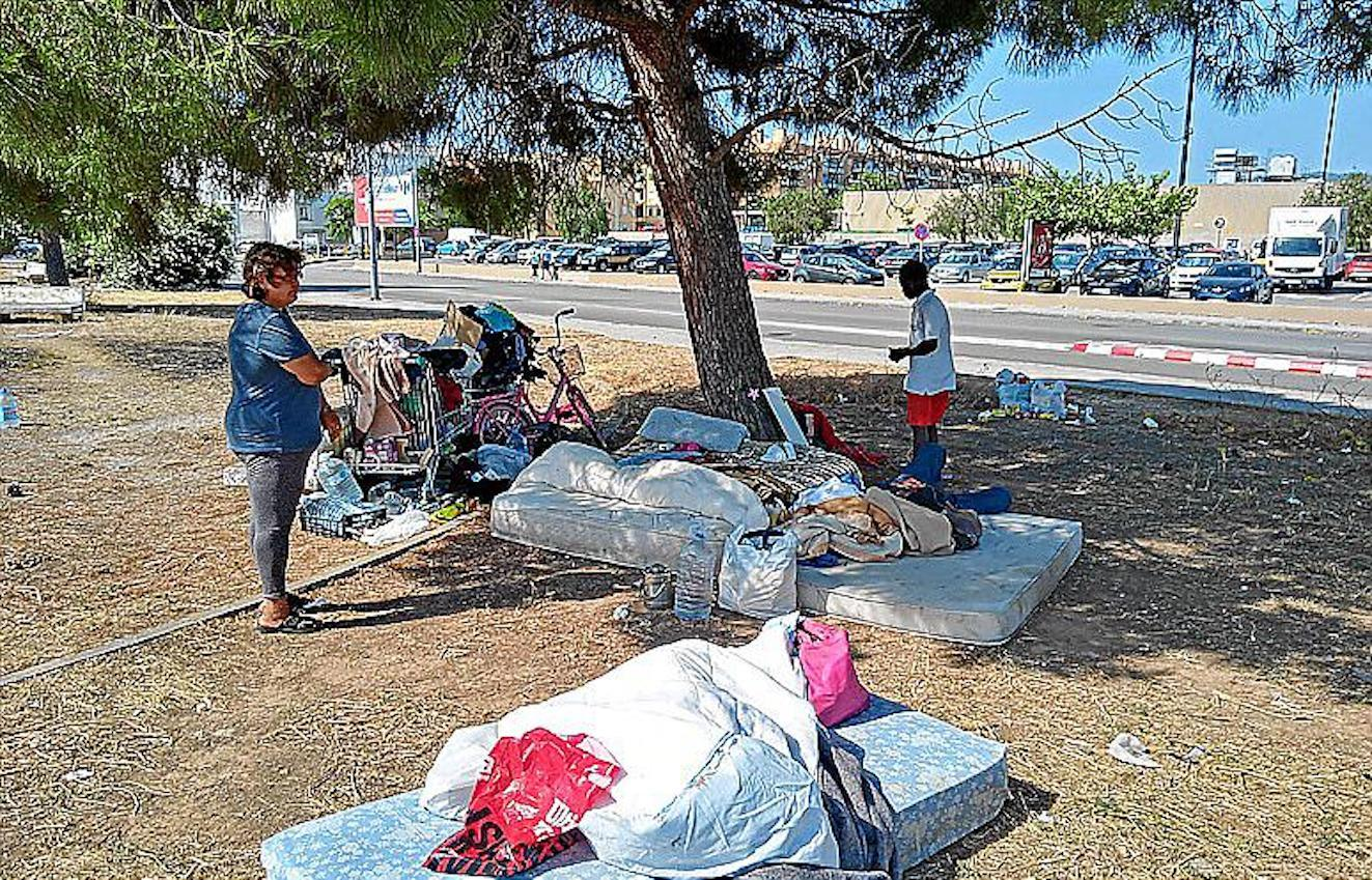 Homeless settlement, Ocimax, Palma.