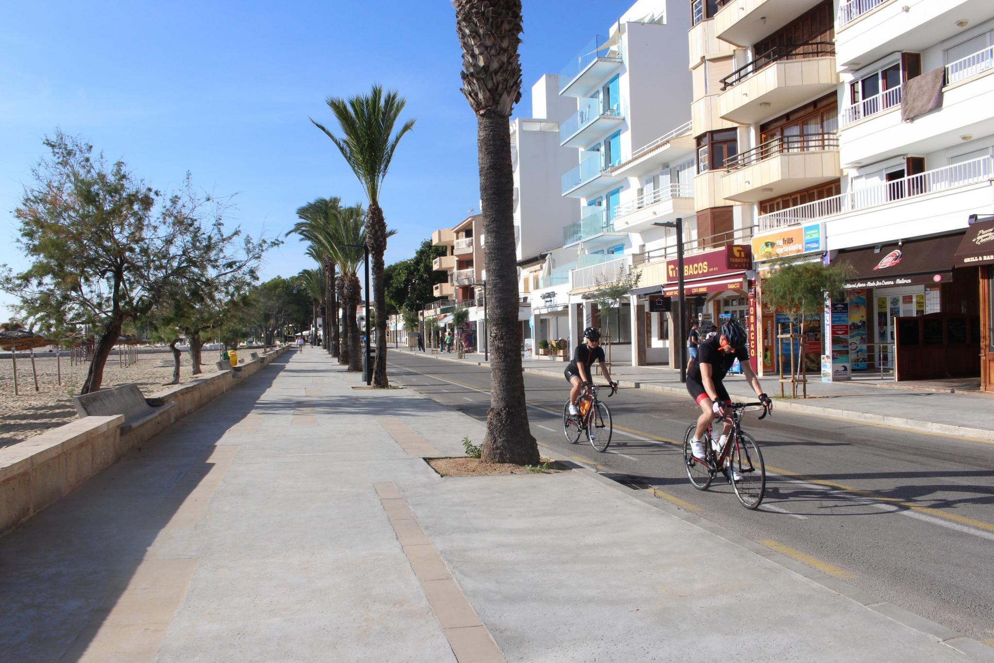 The semi-pedestrianisation scheme in Puerto Pollensa a few years ago