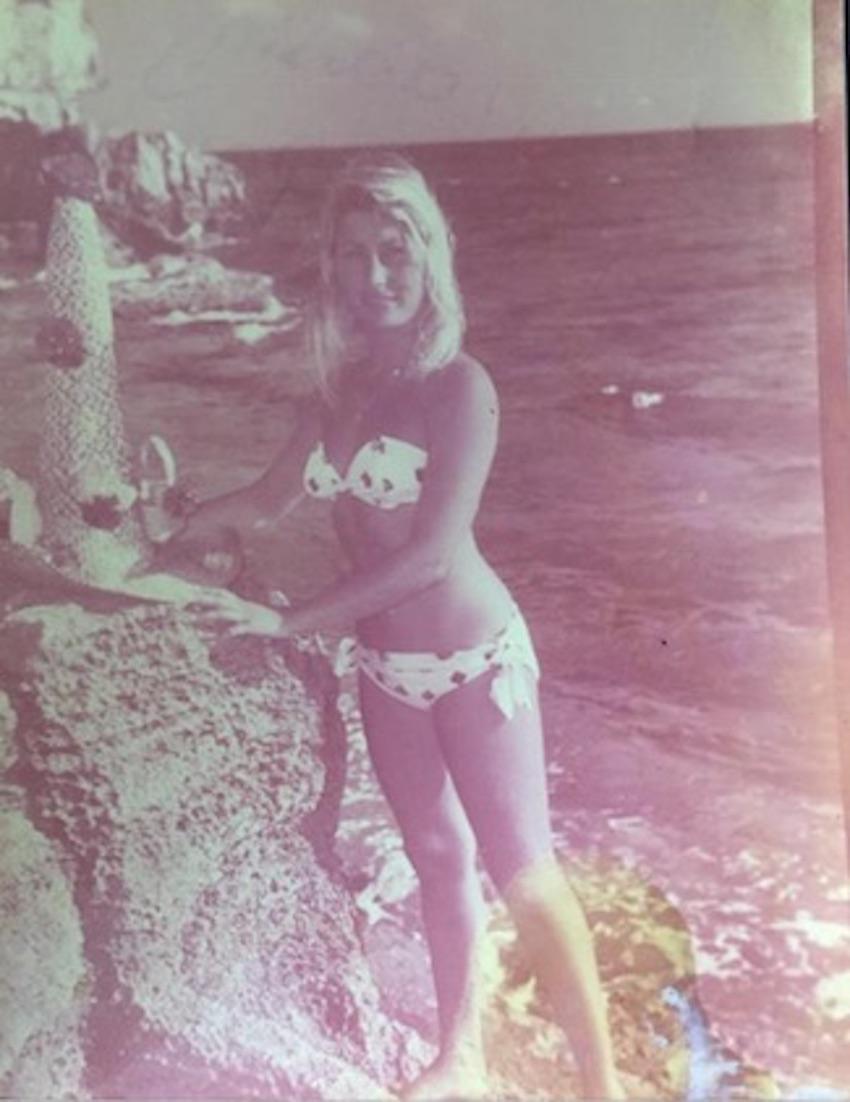 Claudine in Playa de Bahamas.
