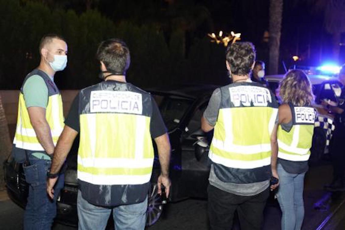 Police in es Molinar, Palma.