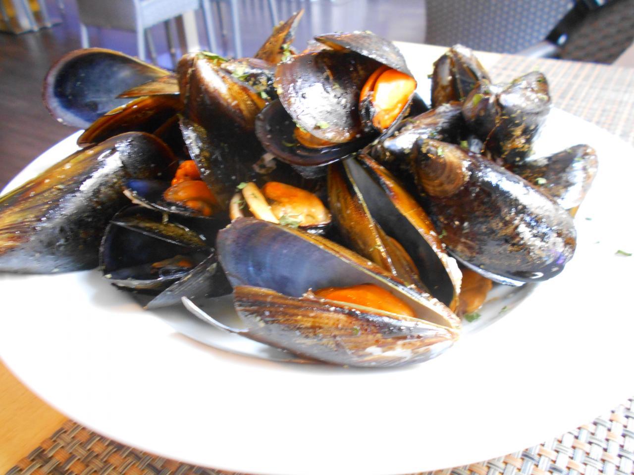 Frying pan mussels