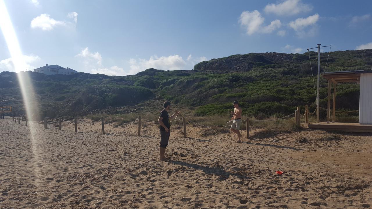 Volunteers to protect the minorca coastline