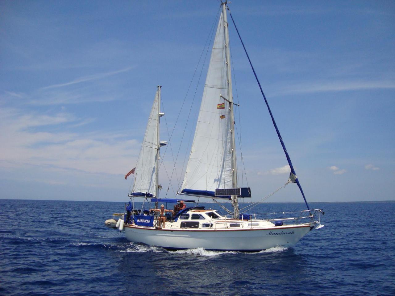 Mandurah on sail
