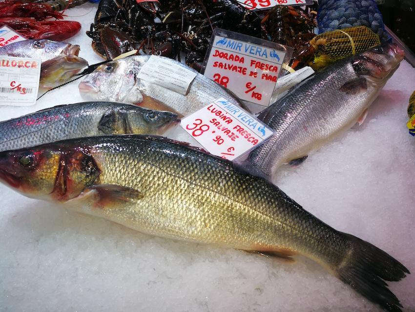 Sea bream & Wild Sea Bass at Mercat de l'Olivar in Palma.