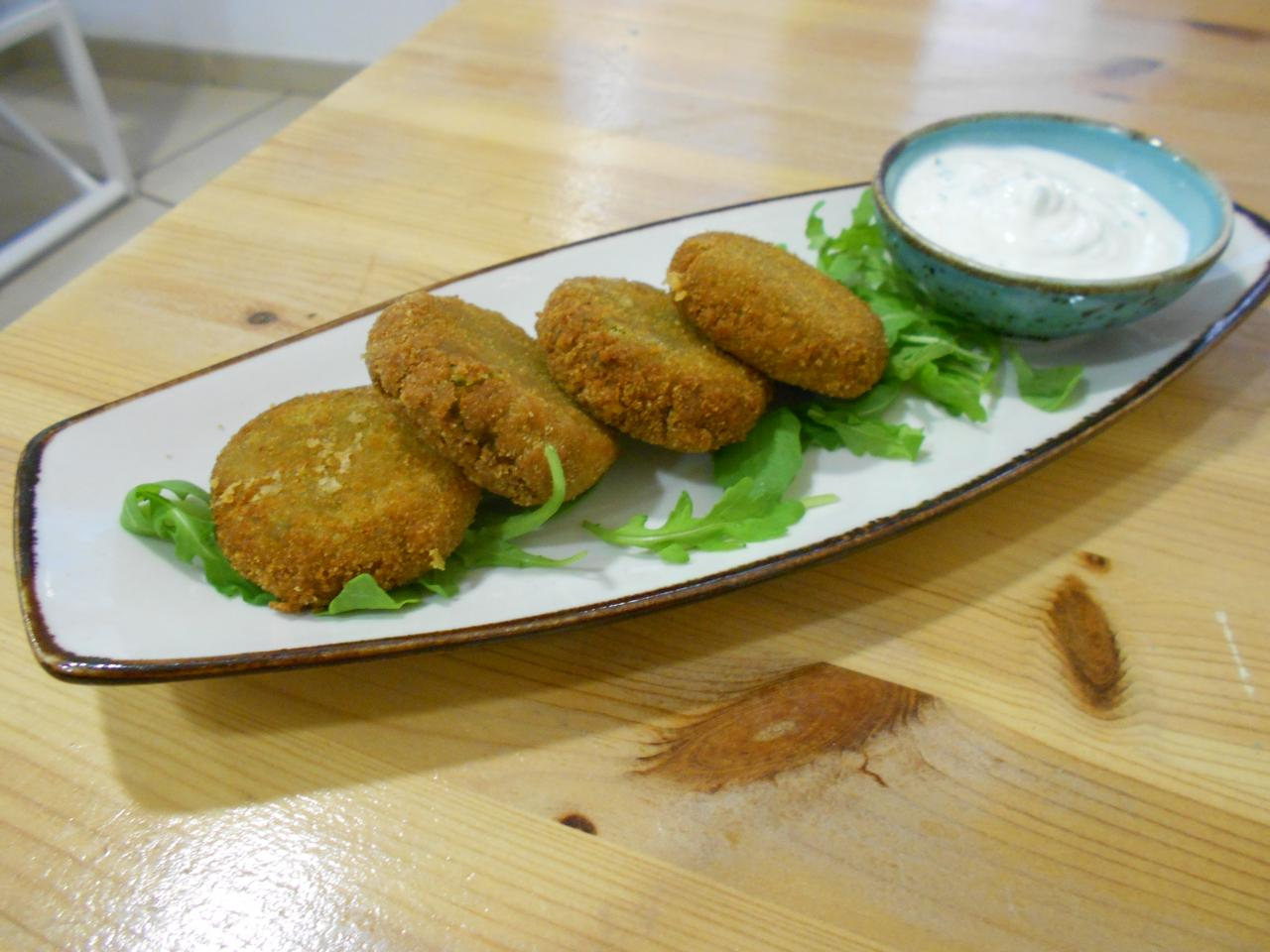 The falafel had lovely Middle Eastern flavours