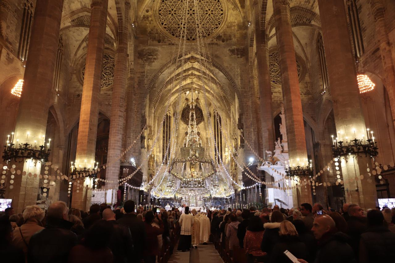 Matines at Palma's cathedral