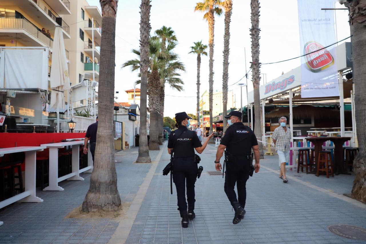 Balearic Government close down Punta Ballena and two streets on the Playa de Palma