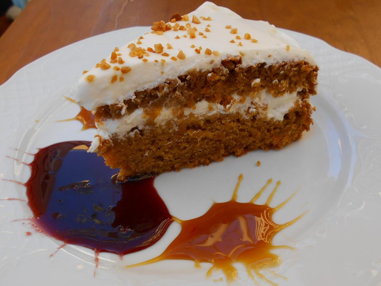 Josefina even does her own carrot cake