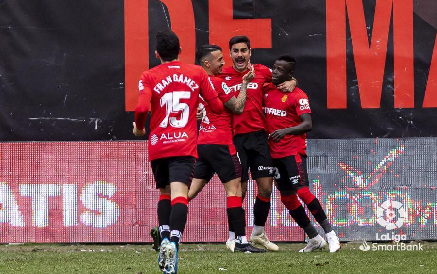 Real Mallorca celebrate against Rayo Vallecano