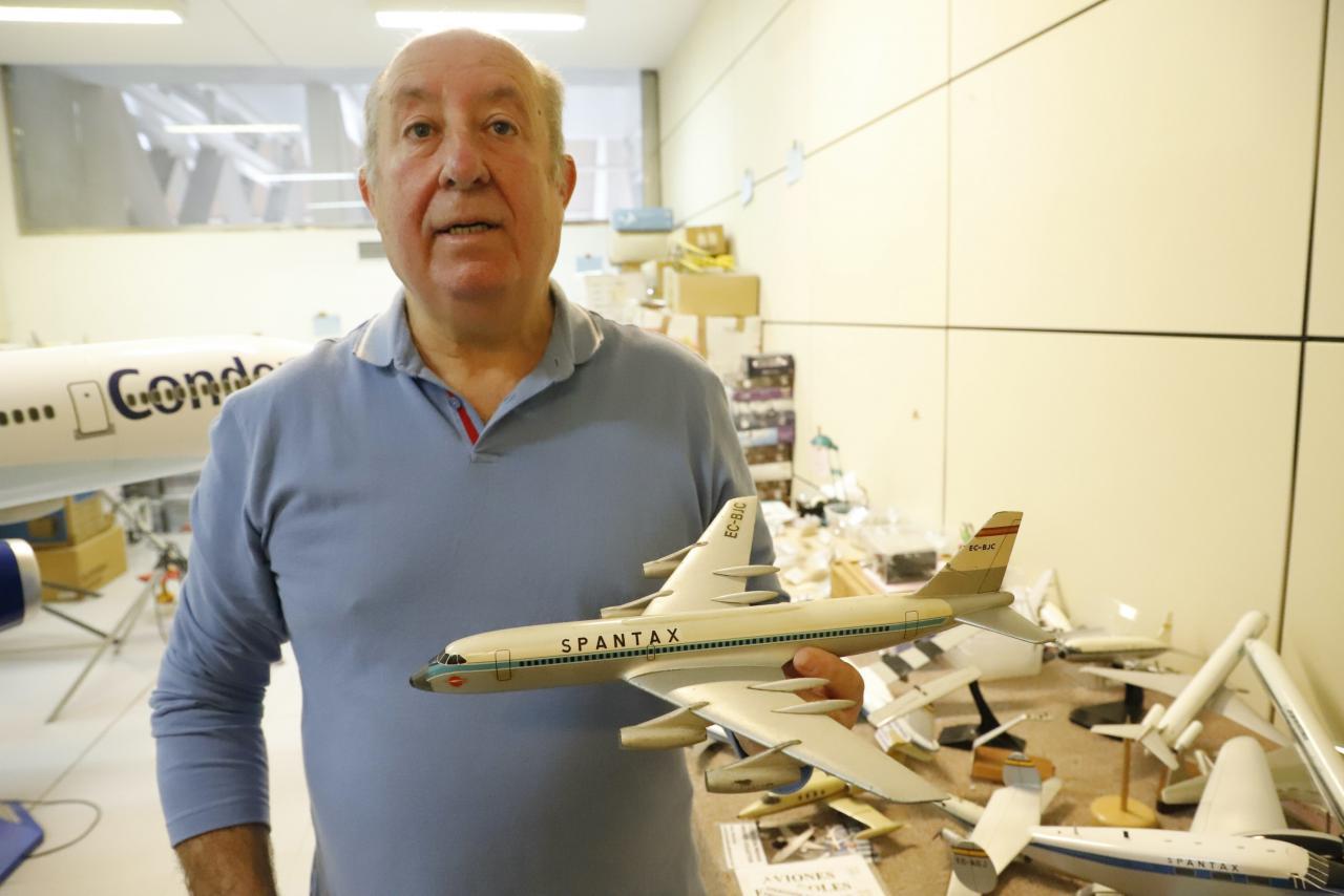 Juan Sanchez Vidal with Spantax model.