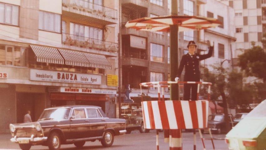 Isidra Escribano directing traffic.