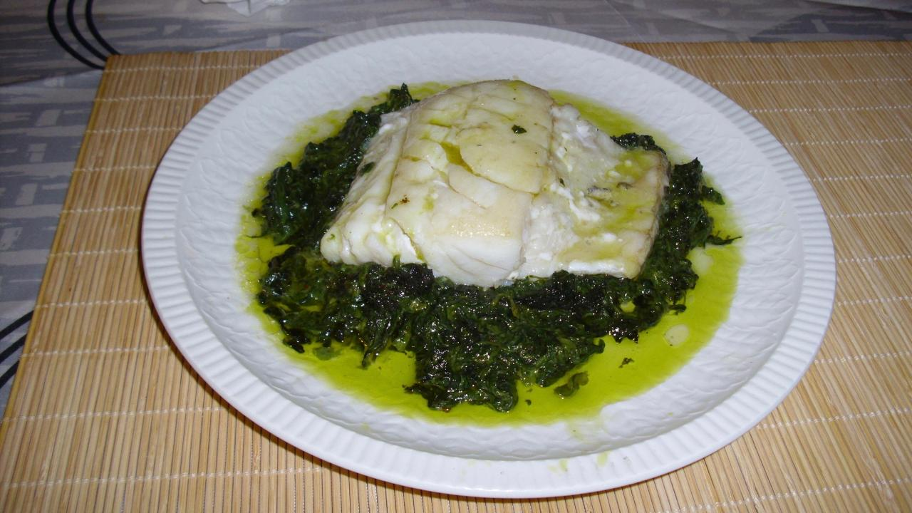 A suprême of bacalao with cream of spinach