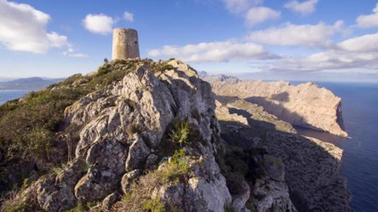 Torre d'Albercutx, Pollensa, Mallorca.