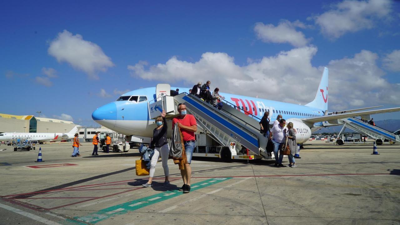 Tourists arriving to Majorca