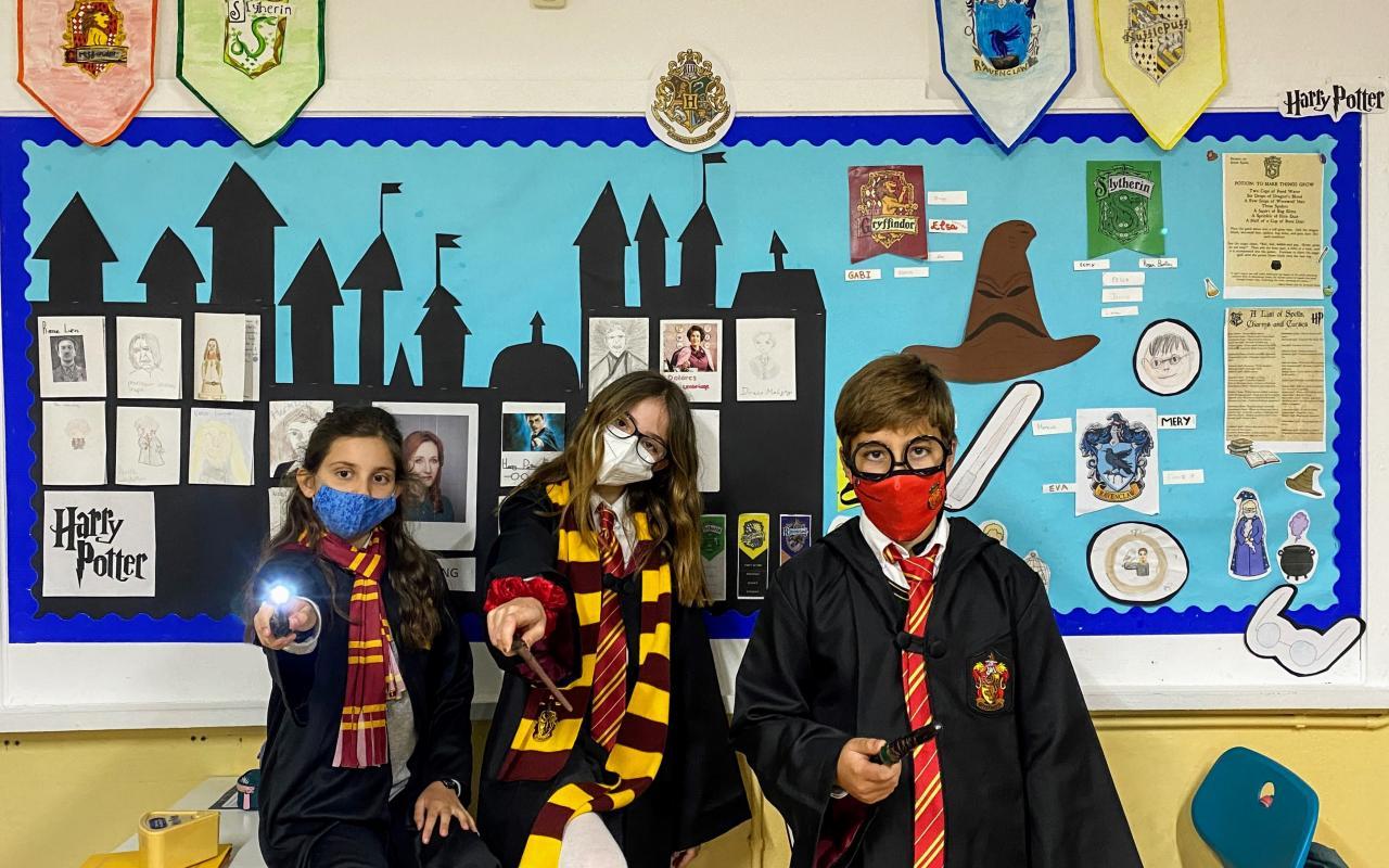 Queen's College Harry Potter