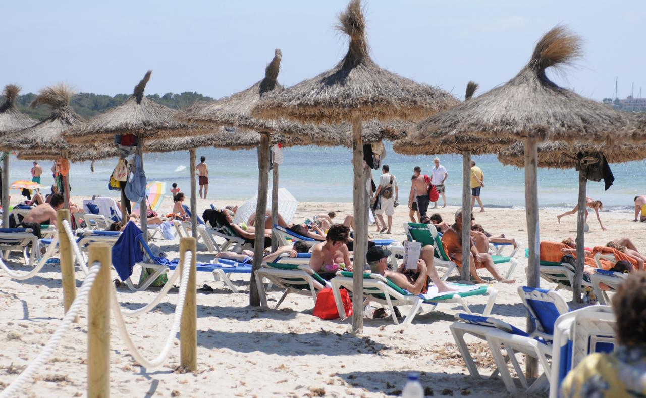 Tourists on the Mallorcan beaches in May