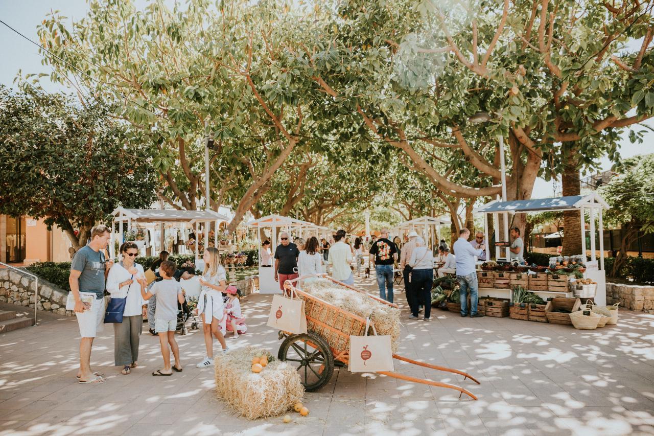 Farmers' Market in Puerto Portals.