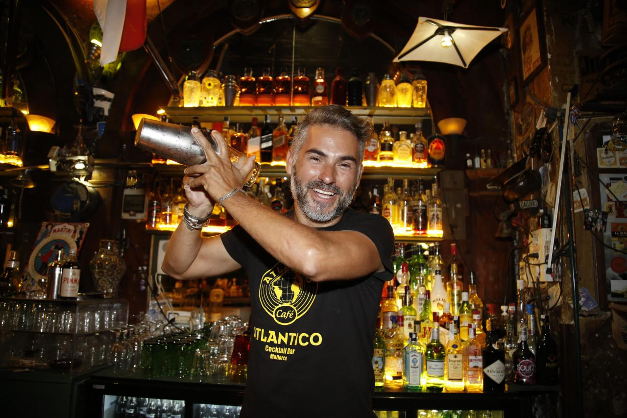 Bar Atlantico closes