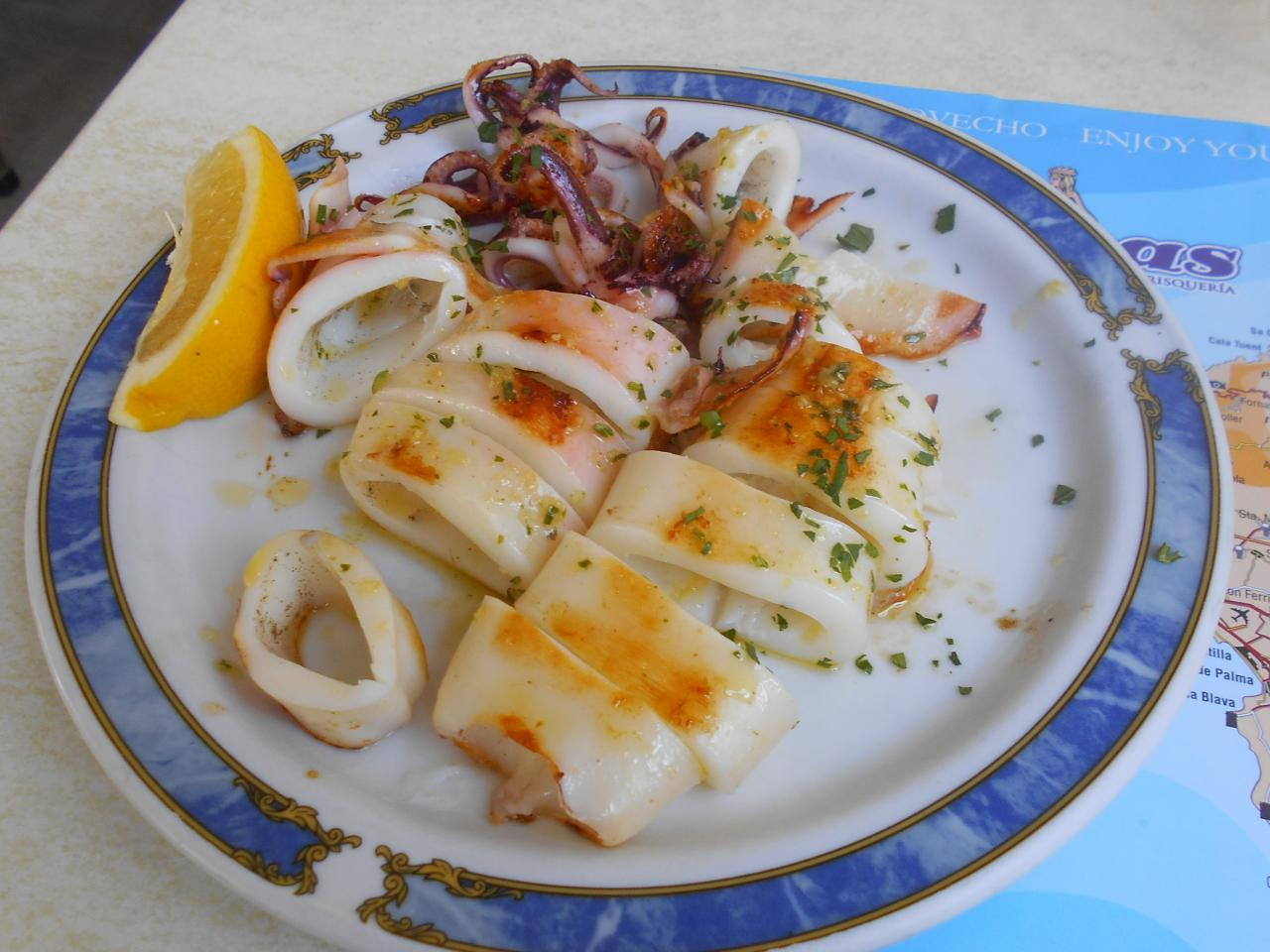 The grilled calamares were nicely chewy
