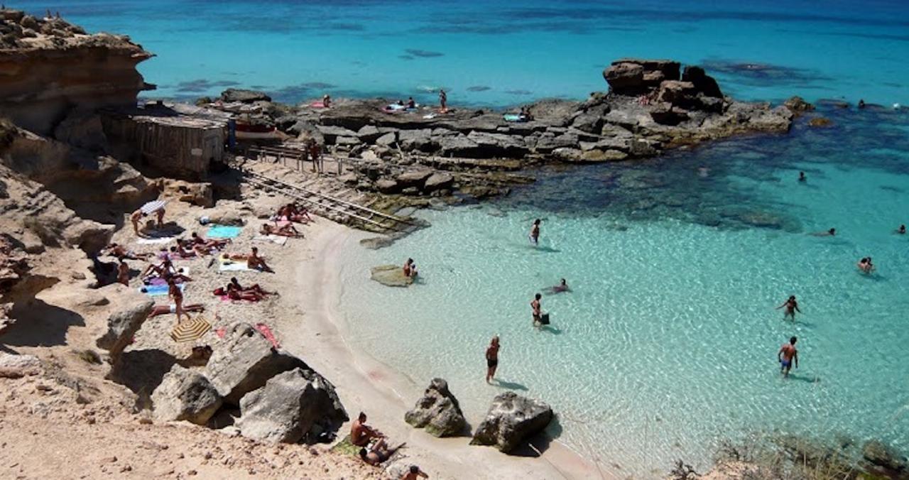 Caló des Mort, Formentera.