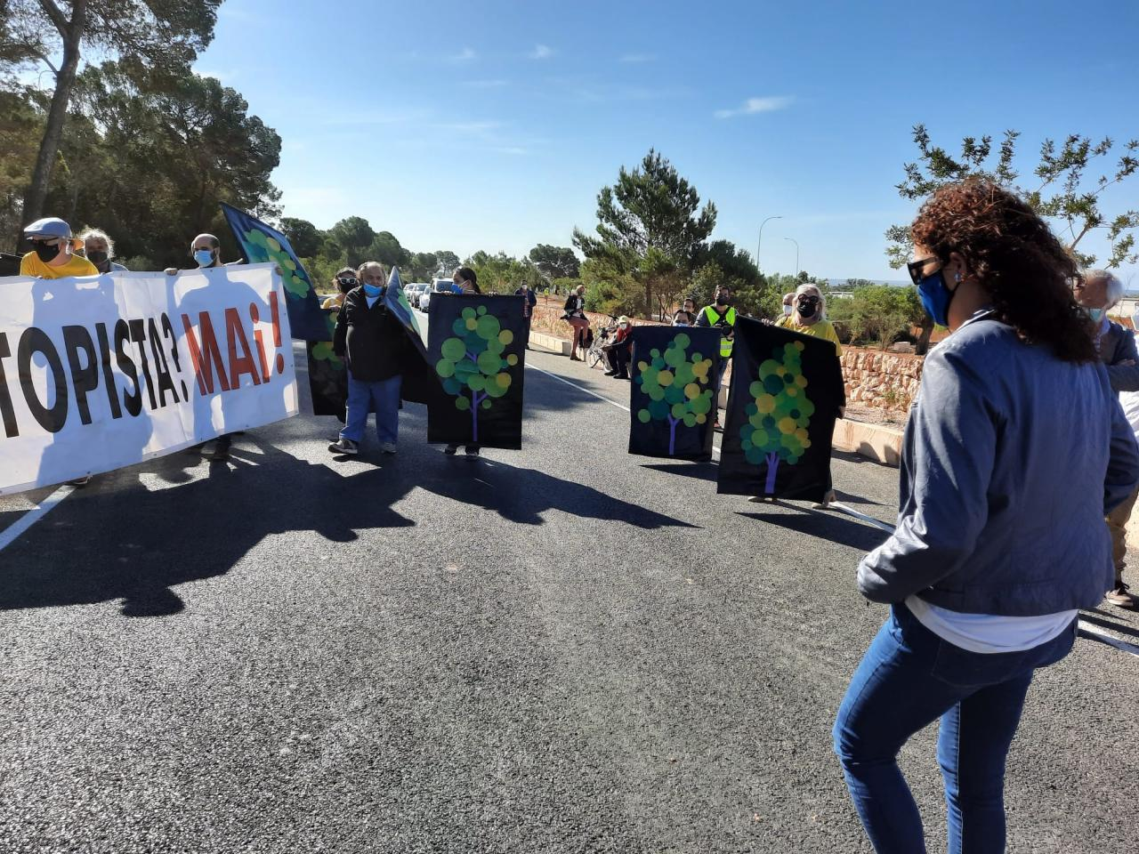 Protest against the Llucmajor-Campos road in Mallorca