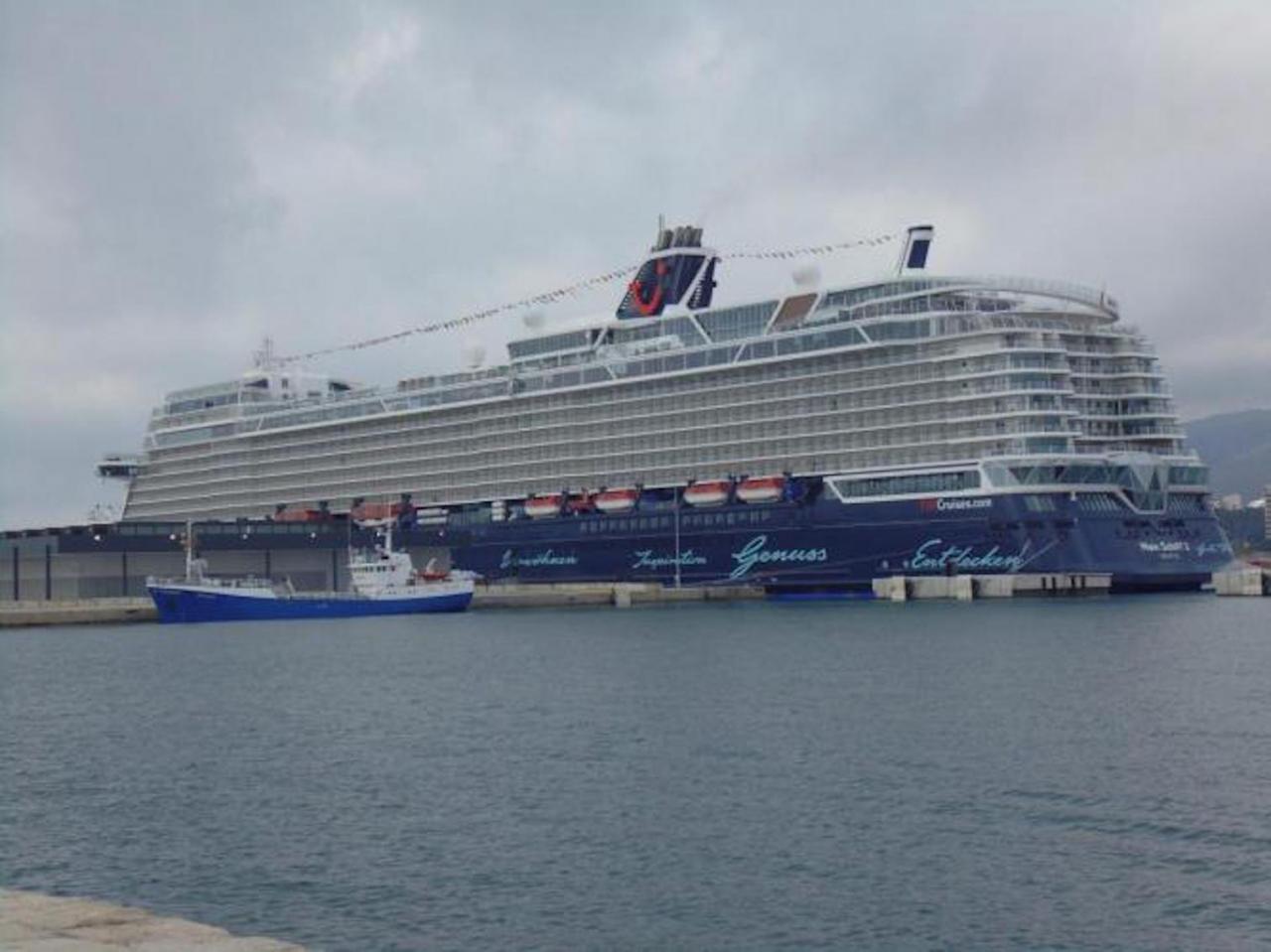 'Mein Schiff 2'.