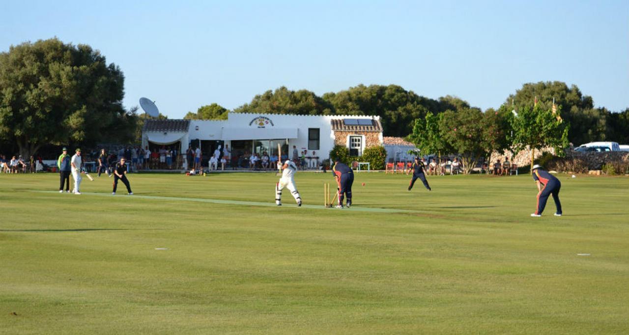 Cricket in Mallorca