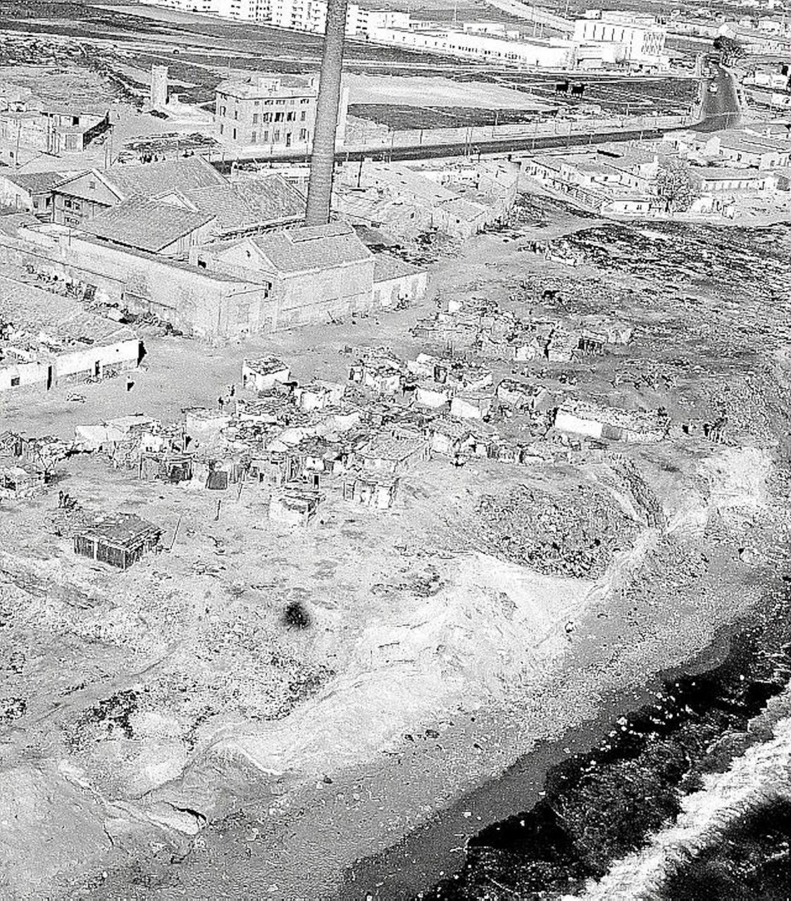 Shacks on Can Pere Antoni beach in the 1950's.