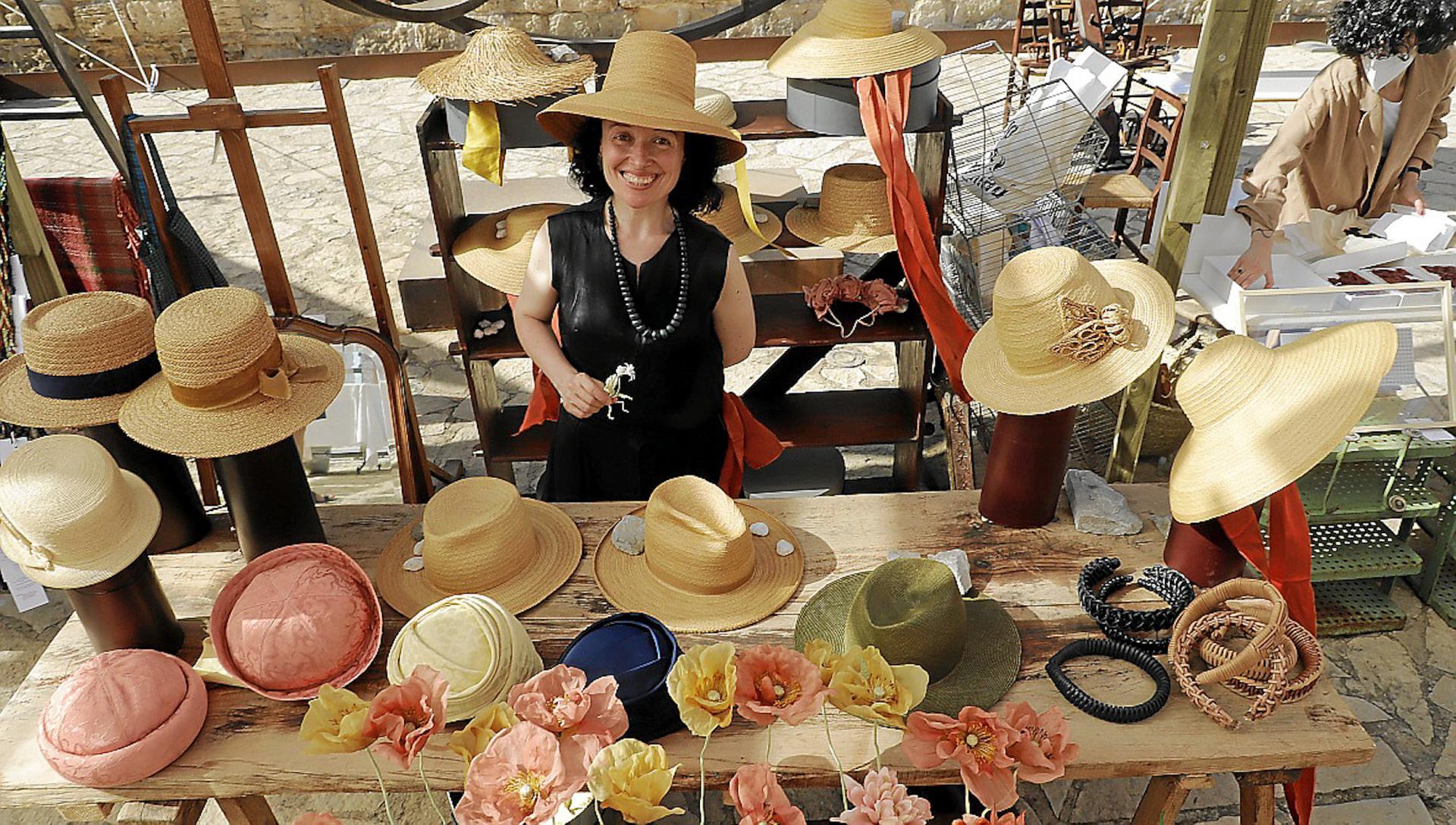 Anna Lamata at Xtant 2021 Textile Craft Exhibition.