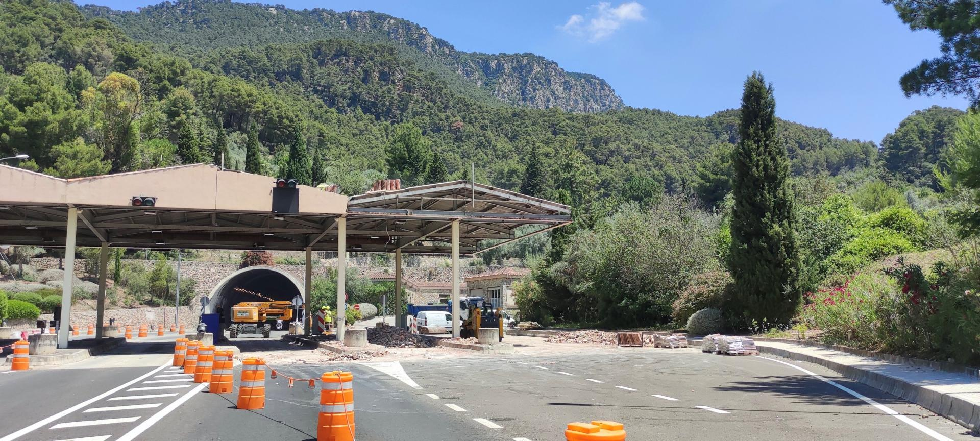 removing the tunnel toll gates
