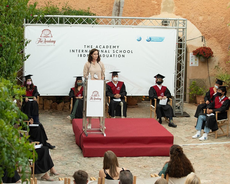 IB graduation 2021