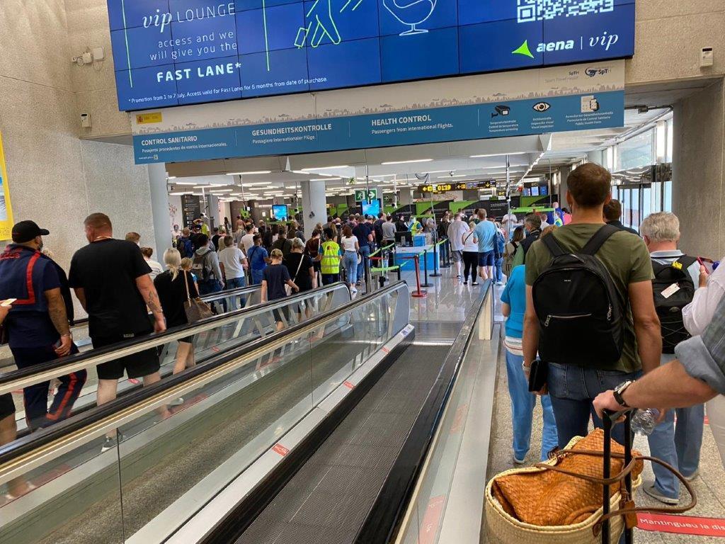 Passport control line in Palma airport